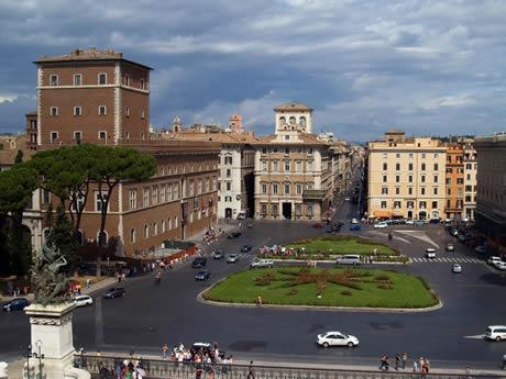 Άποψη της Piazza Venezia στη Ρώμη φωτογραφία