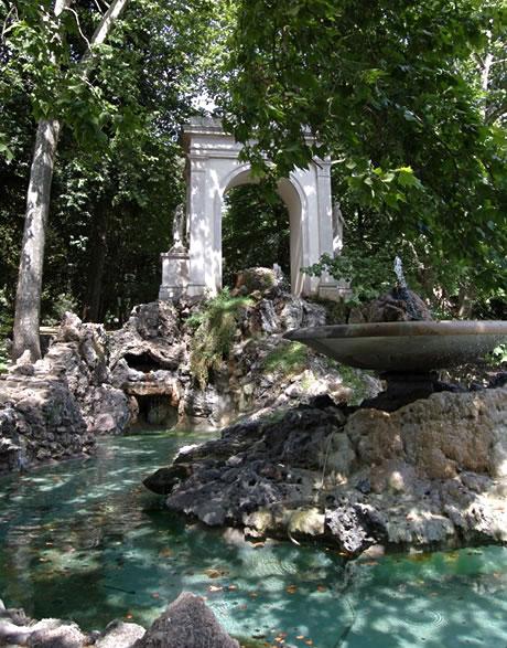 Κρήνη στο πάρκο Villa Borghese φωτογραφία